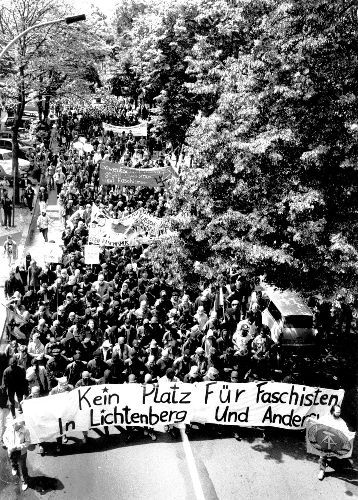 Die Antifaschistische Demonstration in Berlin-Lichtenberg, am 24. Juni 1990,  Teil2